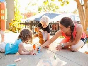 thường xuyên giao tiếp với trẻ có tốt