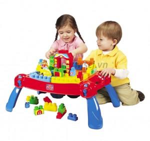 Trẻ cần được choi những trò gì để kích thích trí não phát triển