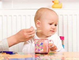 Làm thế nào để trẻ hết biếng ăn