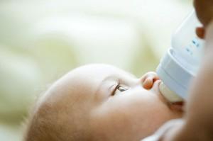 chăm sóc bé sinh non như nào cho hợp lý