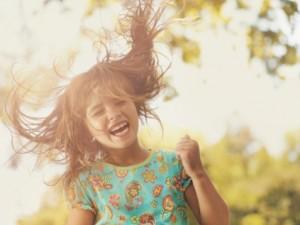 cách phân biệt trẻ hiếu động ở mức nào thì là bình thường, mức nào là nguy hiểm.