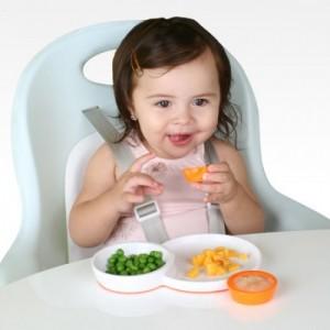 Cách nhận biết bạn đang bị thiếu vitamin D , Trẻ xuất huyết não vì thiếu vitamin K , Tăng hấp thu vitamin A cho bé Những vitamin giúp trẻ háu ăn