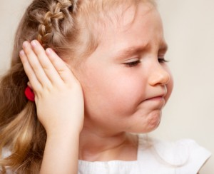 Dị vật trong tai thường gặp ở trẻ nhỏ là gì