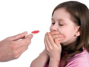 Những điều quan trọng cần biết khi cho trẻ uống thuốc