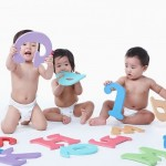 Giúp bé phát triển ngôn ngữ những năm đầu đời!