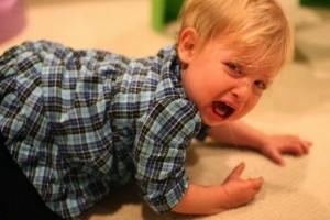 làm gì khi trẻ em nổi giận