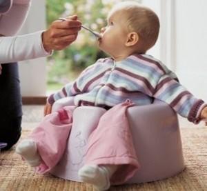 ăn gì sau khi trẻ tiêu chảy, trẻ bị tiêu chảy nên cho ăn gì, trẻ bị tiêu chảy không nên ăn gì,