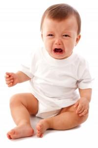 trẻ sơ sinh quấy khóc về đêm