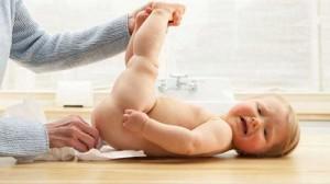 dinh dưỡng cho trẻ, tieu chay cap o tre so sinh