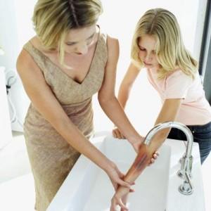 cách nuôi dạy bé sơ sinh, nuôi con khỏe dạy con ngoan
