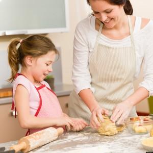 cách dạy trẻ tự kỷ tại nhà, biểu hiện bệnh tự kỷ ở trẻ em