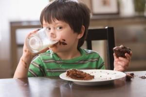 dinh dưỡng cho trẻ, chế độ dinh dưỡng cho trẻ