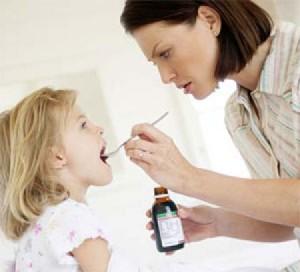 trẻ bị viêm hô hấp trên, , trẻ bị viêm hô hấp,