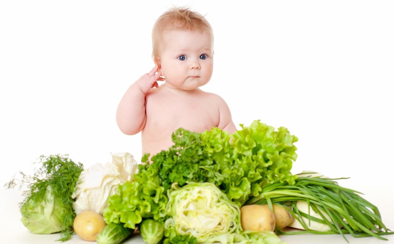 Kết quả hình ảnh cho bé ăn rau xanh