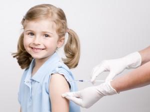 Bại liệt, một dịch bệnh lan rộng gây thiệt mạng và làm hàng ngàn người bị tê liệt.