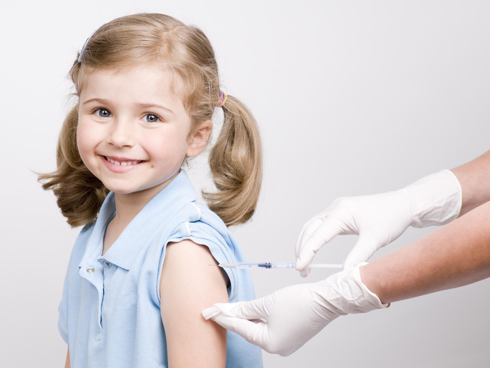 Địa chỉ website đăng ký tiêm vắc-xin online qua mạng