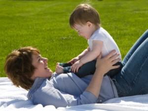 tắm nắng cho trẻ, cách tắm nắng cho trẻ sơ sinh vào mùa đông