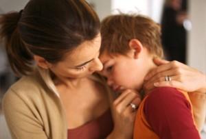 chữa ngộ độc thức ăn ở trẻ em