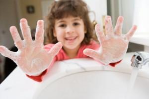 tre con bi tieu chay, cách trị đi ngoài cho trẻ