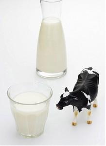 bé bị dị ứng sữa, bé dị ứng sữa bò