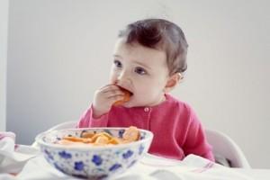 cách đánh răng cho bé