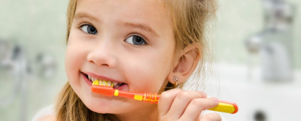 tre sau rang, thay răng ở trẻ em