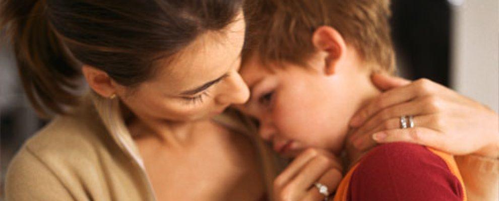 trẻ bị nôn trớ liên tục, bé ăn hay bị nôn trớ