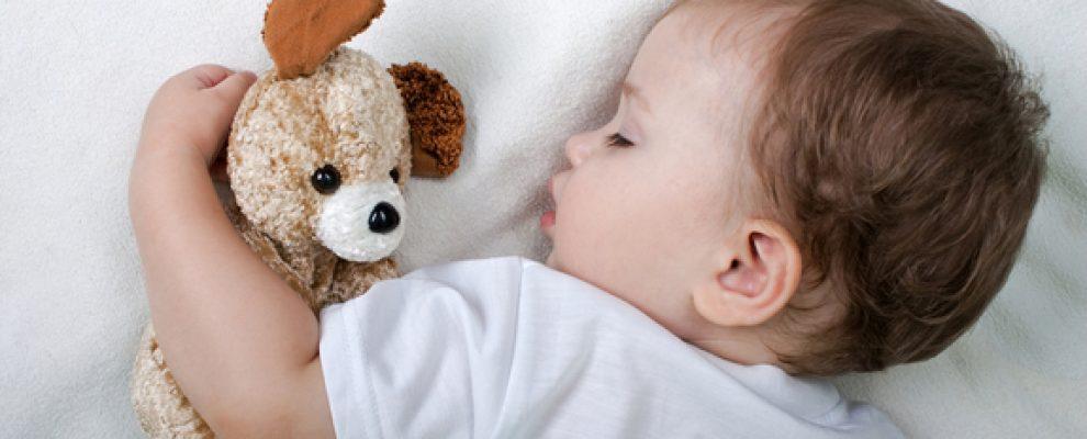 cách nuôi em bé mới sinh, cách chăm con mới sinh