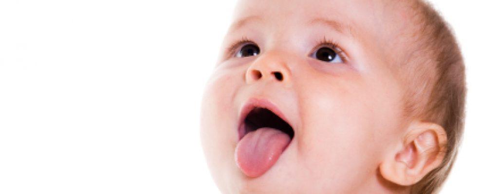 chữa tưa lưỡi cho trẻ, chữa trị tưa lưỡi cho bé