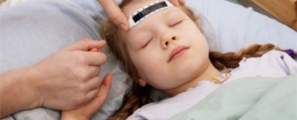 phương pháp hạ sốt cho trẻ, cách hạ nhiệt cho trẻ bị sốt cao, cách làm cho trẻ hạ sốt