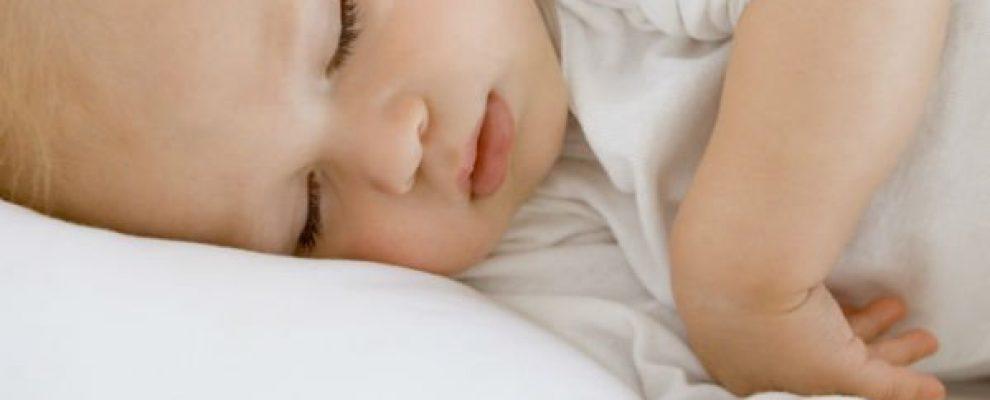 cách chăm con sau sinh, cách chăm trẻ sơ sinh mùa hè
