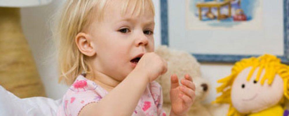 trẻ bị viêm phế quản phải làm sao, chăm sóc bé bị viêm phế quản