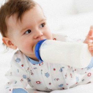 Cai sữa cho bé đúng cách, hướng dẫn cách cai sữa cho bé